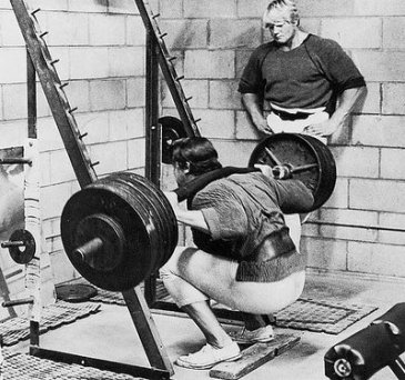 arnold+squatting