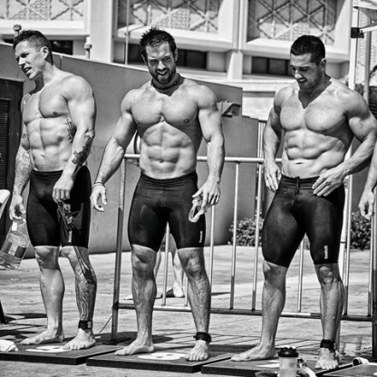crossfit_men_black_and_white_large